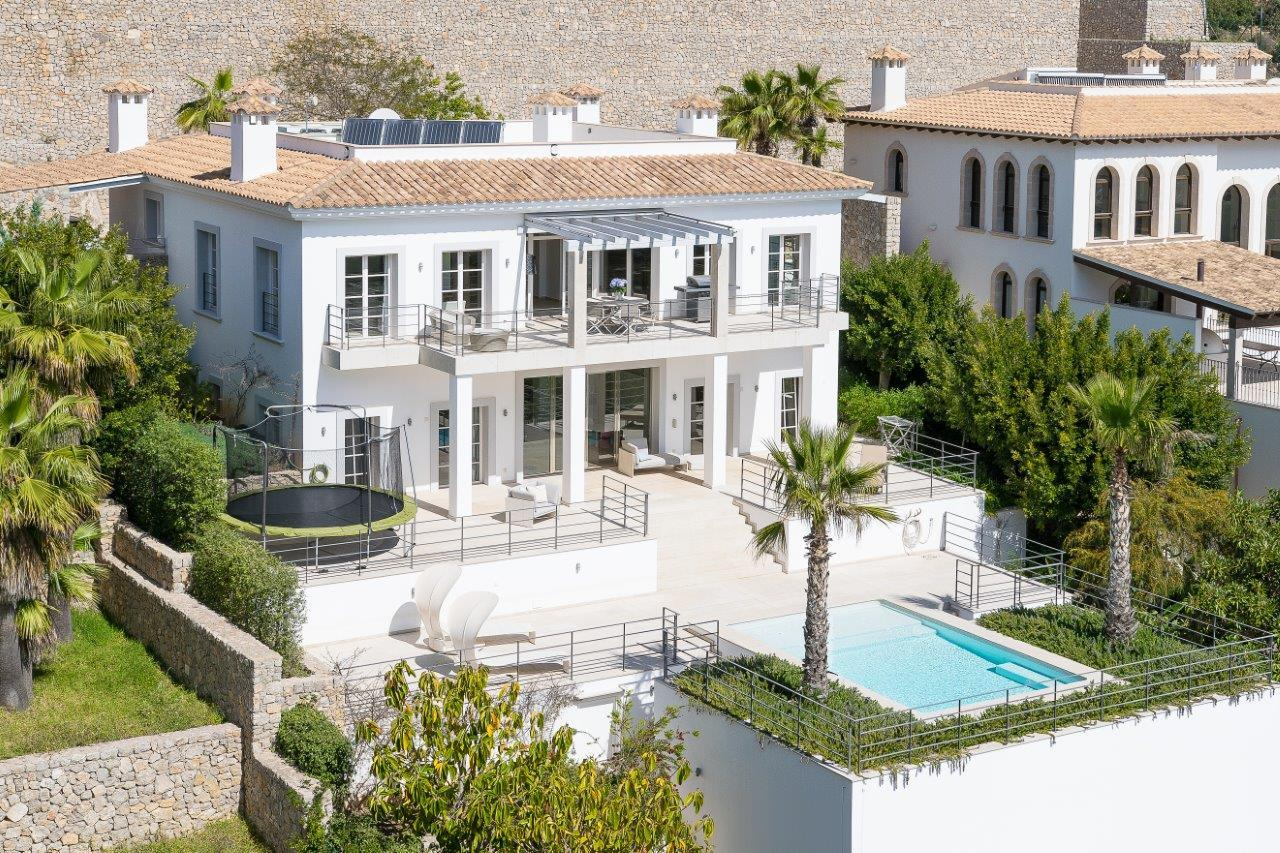 Interdom mallorca son vida villa haus for Belles villas modernes
